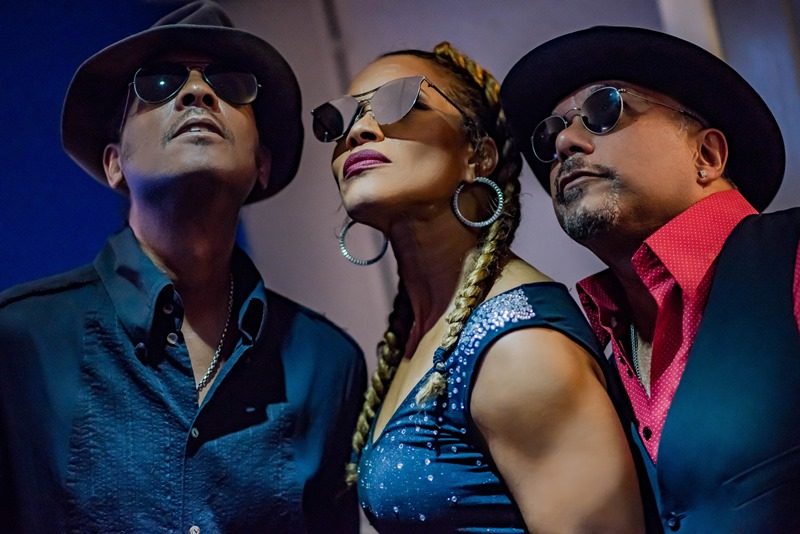 shalamar blue resized